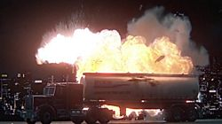 /www/webvol19/ts/c5sqdqkx92resyw/fyrverkerispecialisten.se/public html/wp media/2015/09/tn truck